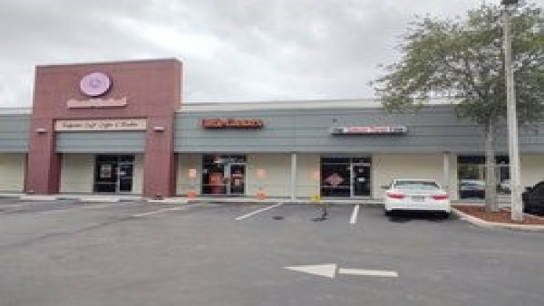 495 N. Semoran, Orlando, Orange, Florida, United States 32792, ,Retail,For Lease,N. Semoran,1150